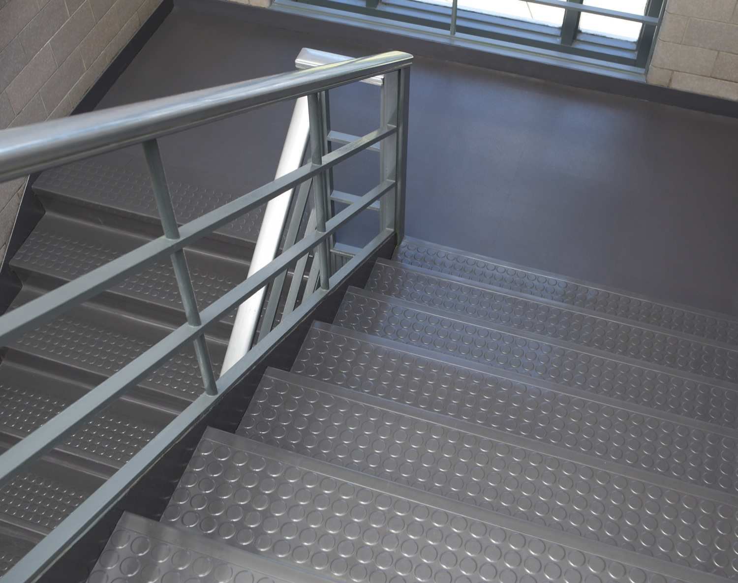 Commercial Rubber Stair Treads