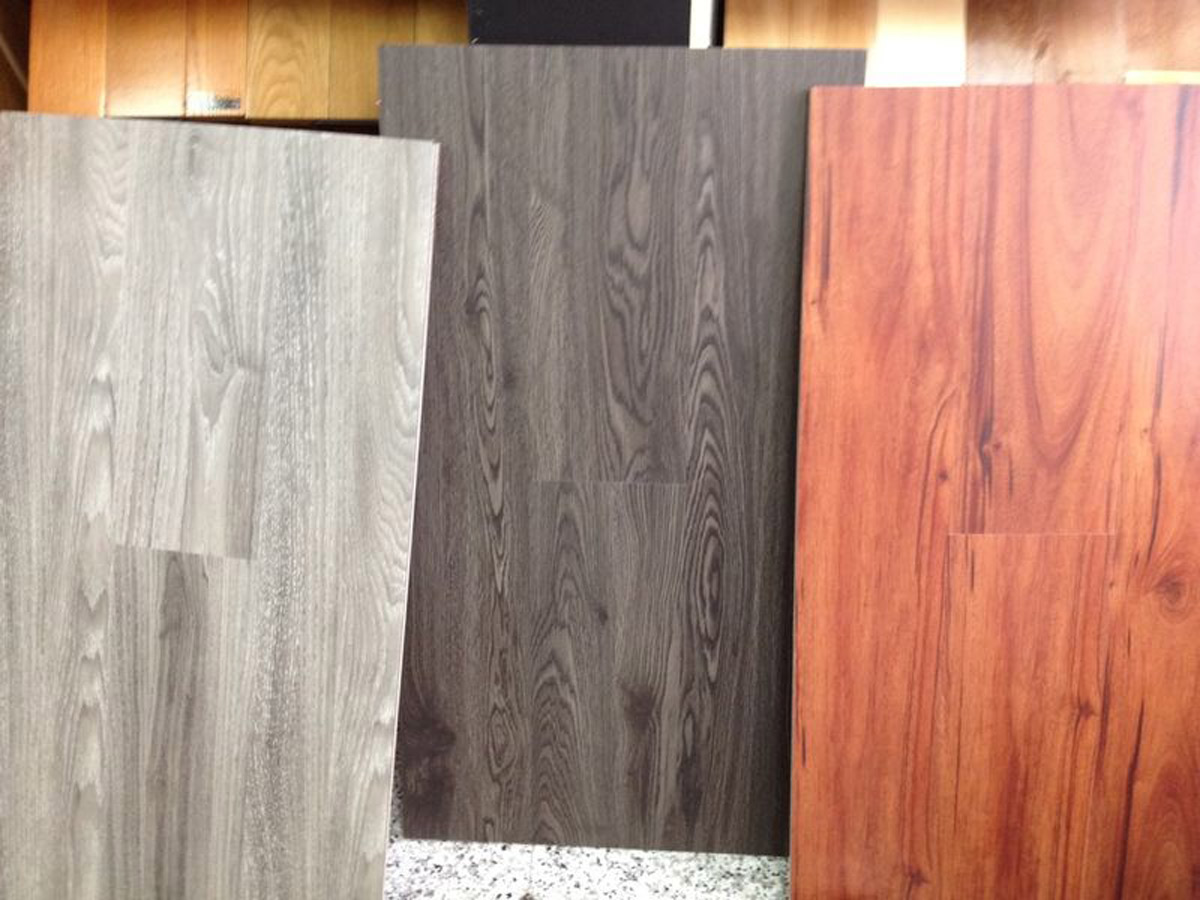 Vinyl click flooring sale toronto vinyl plank sheet for Clearance hardwood flooring